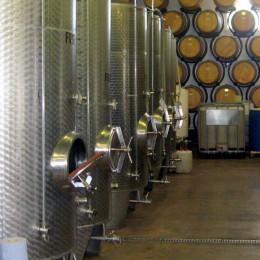 REVEPOXY STOCKAGE VIN - peinture alimentaire cuve béton ou acier contenant vin ou liquides alcoolisés